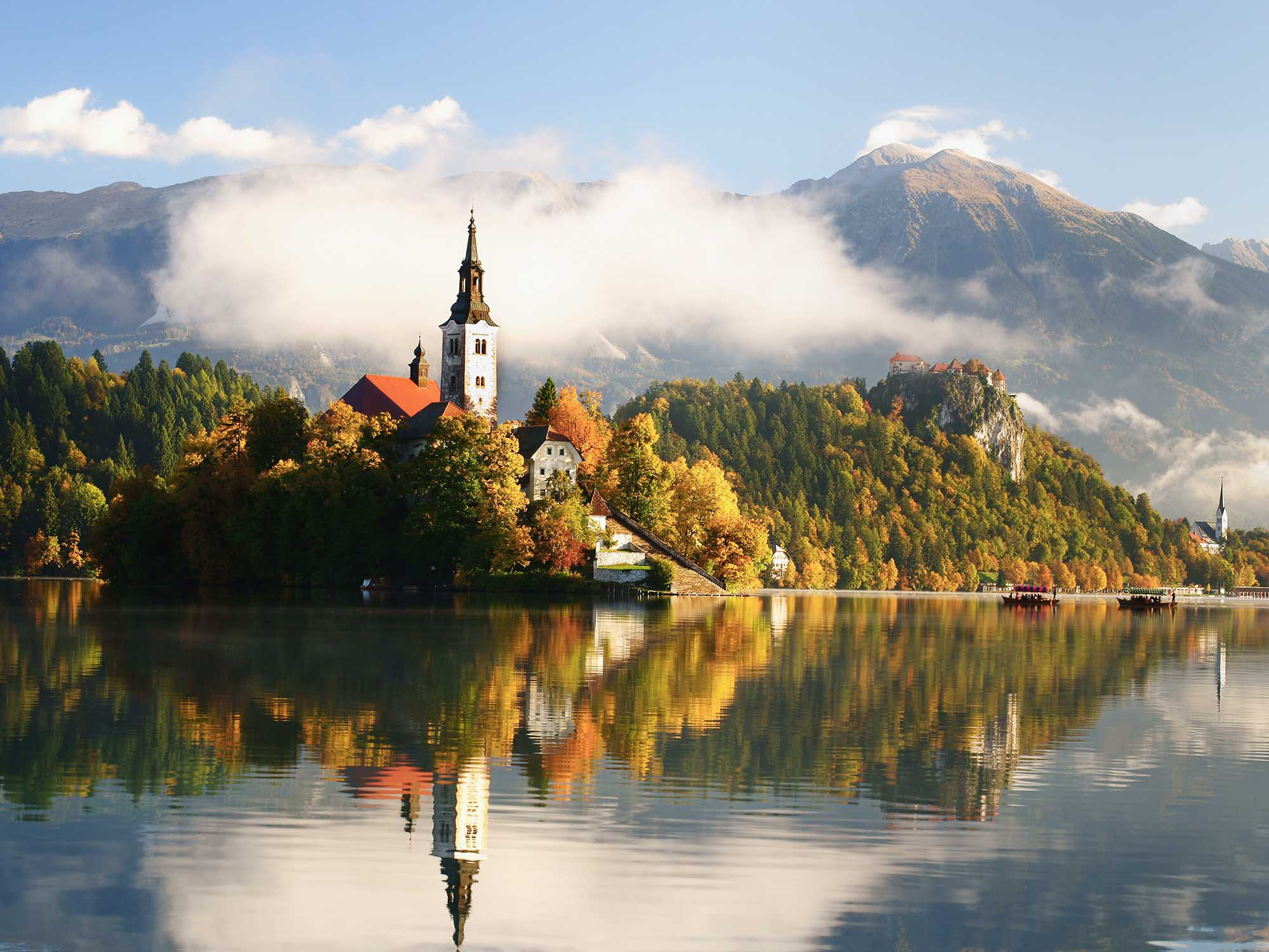 Rendezvous with potica at Bled island