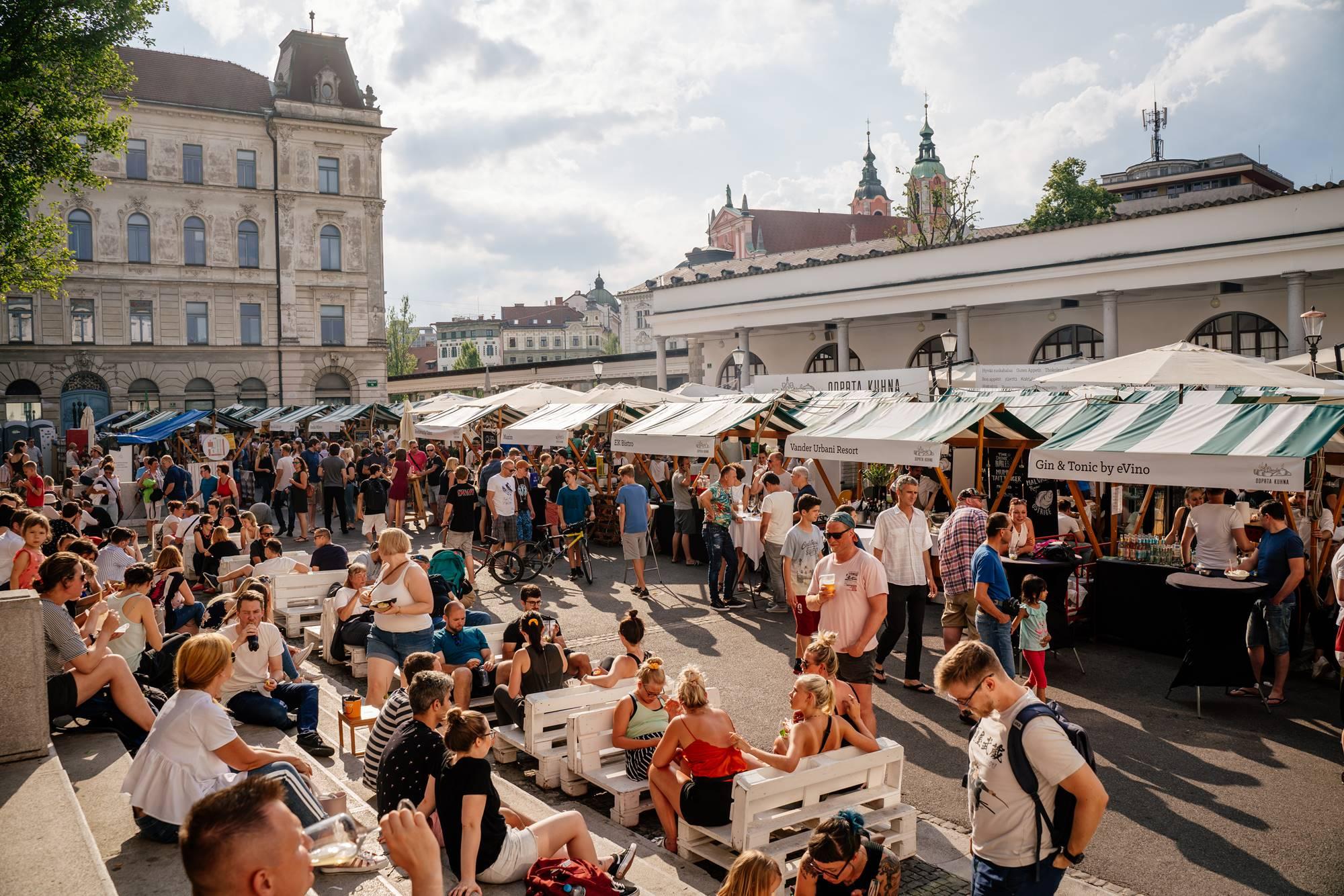 Družabna kulinarika na ulicah in trgih