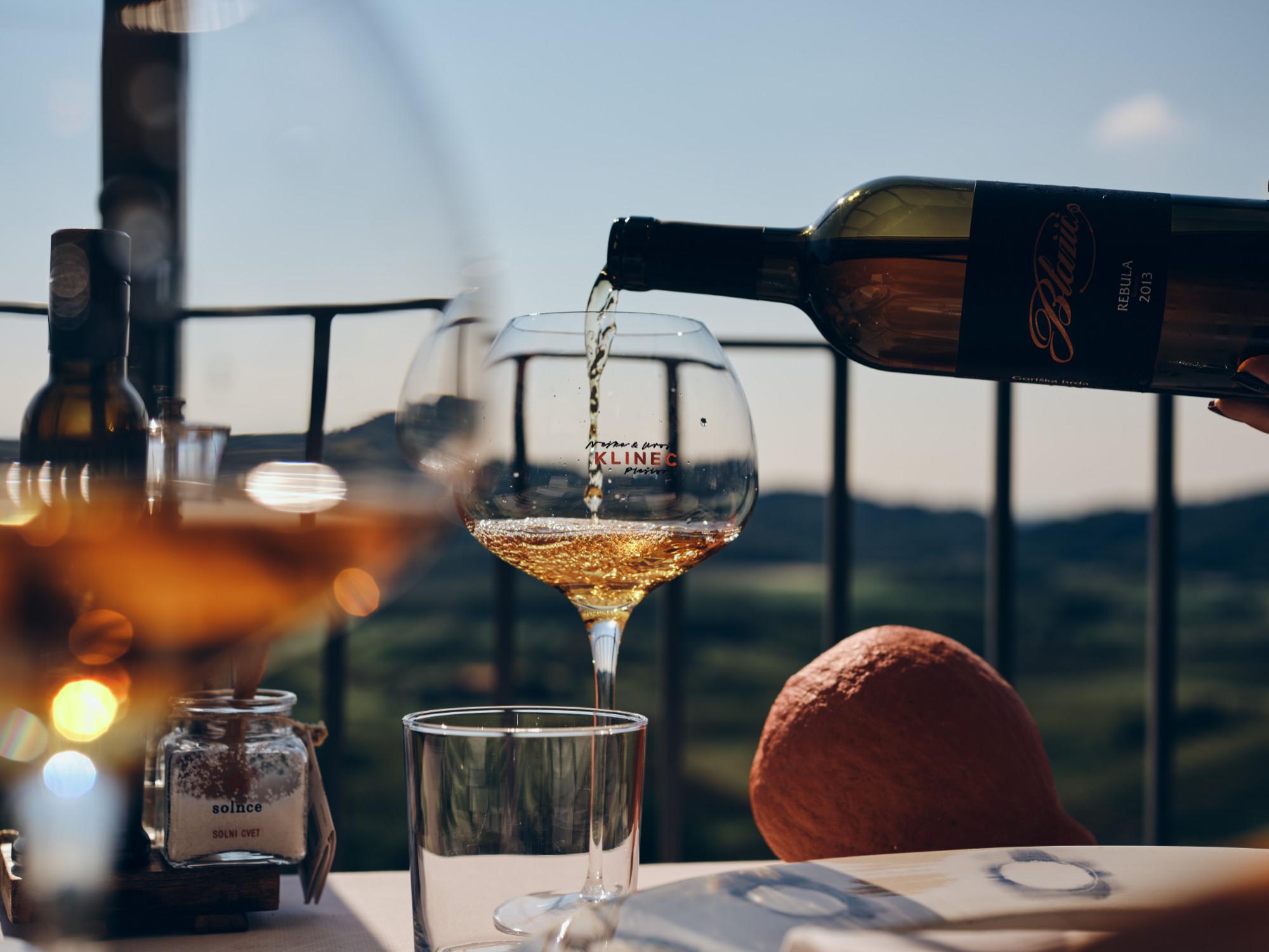 Klinec Plešivo vino z razgledom